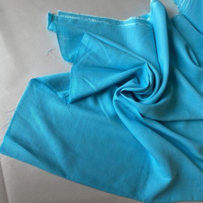Купить бирюзовую ткань тонкий твил бирюза купить с СПб
