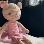 вязанный крючком мишка девочка