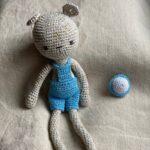 Мишка мальчик амигуруми