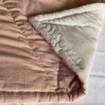 кремовое детское одеяло