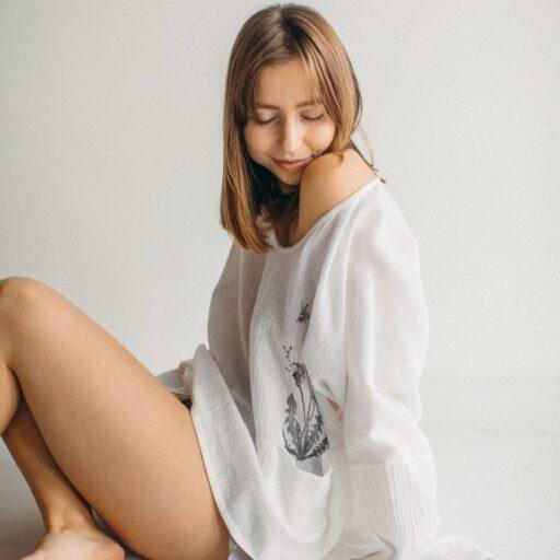длинная белая рубашка