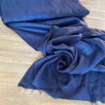 ткань темно-синего цвета
