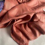 ткань из льна медного цвета