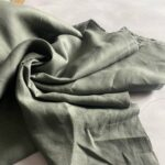 ткань изо льна цвета хаки