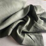 ткань из льна защитного цвета