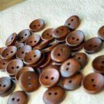 пуговицы коричневые деревянные