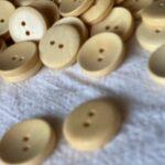 деревянная пуговица