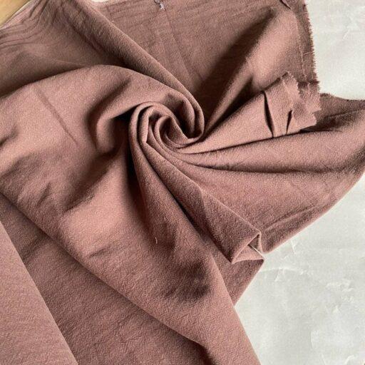коричневая ткань