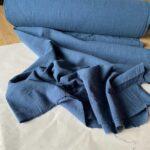 ткань из крапивы голубого цвета