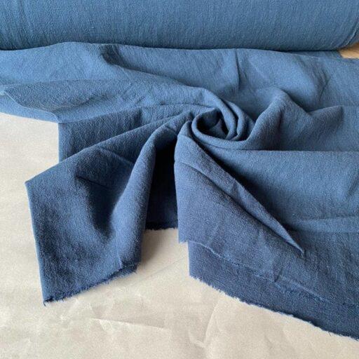 голубая ткань из крапивы