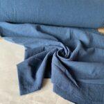 синяя ткань из крапивы