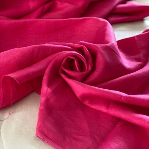 льняная розовая ткань